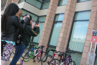HMC students use their phone cameras to help gather data