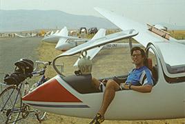 Harvey Mudd Watson Fellow Alan Baron sits in a glider in Spain