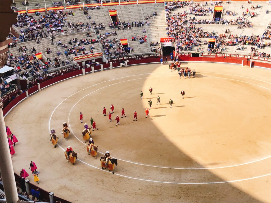 marching ceremony in an arena before a bullfight