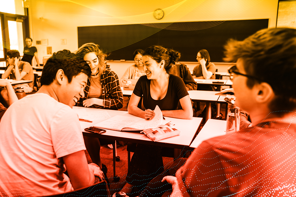 Mudd summer session image of students engaging in classroom