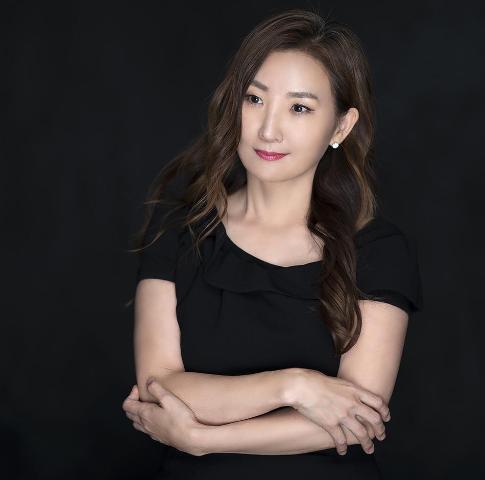 portrait of Jenny-Soonjin Kim