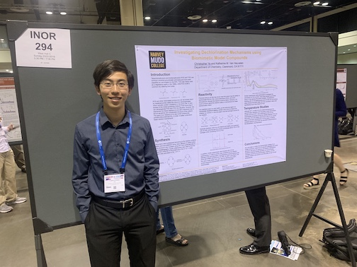 Chris Ye presenting poster at ACS Conference