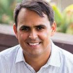 Assistant Professor Steven Santana