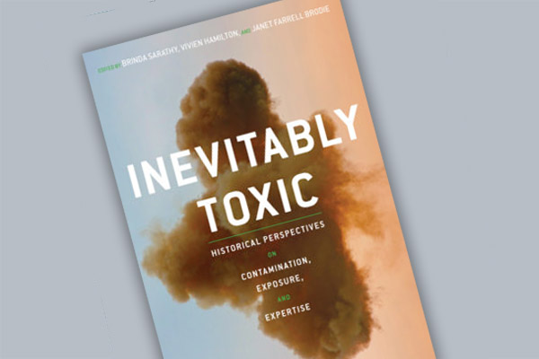 Inevitably Toxic book cover, by Vivien Hamilton