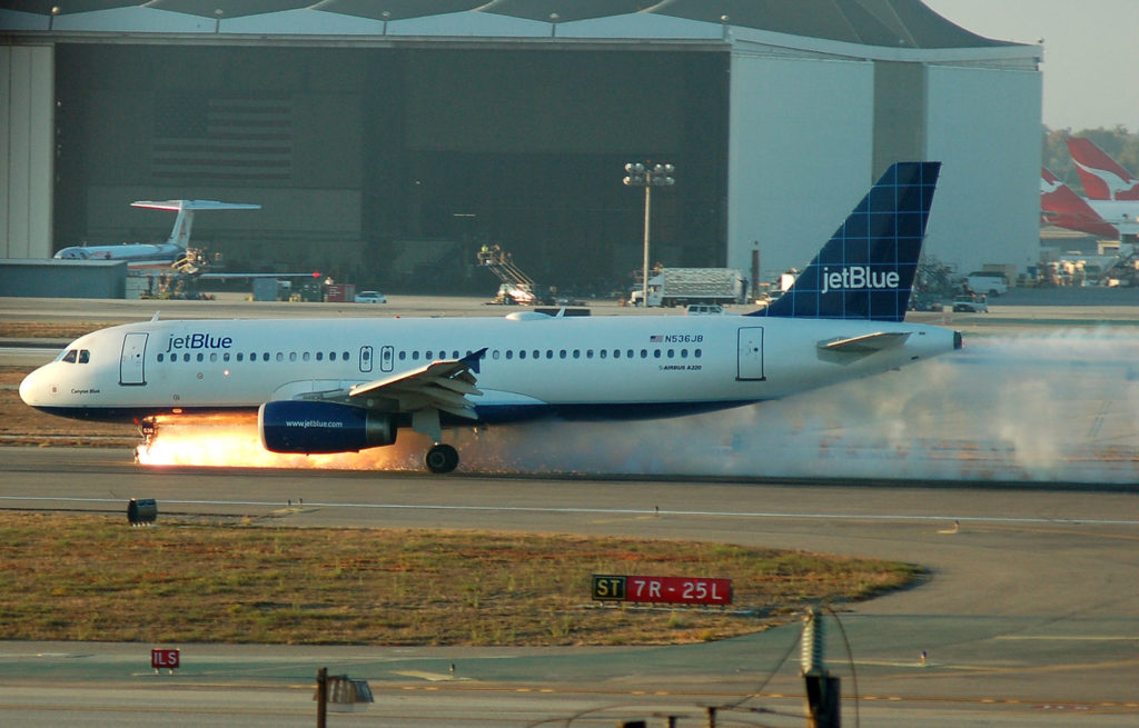 Jet Blue 292 Landing